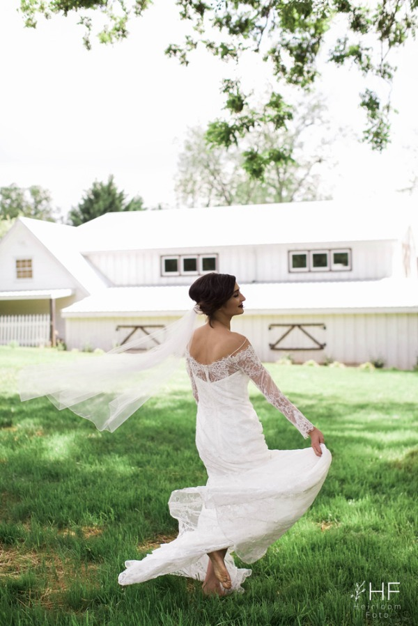 Victoria Belle Mansion and Vintage White Barn