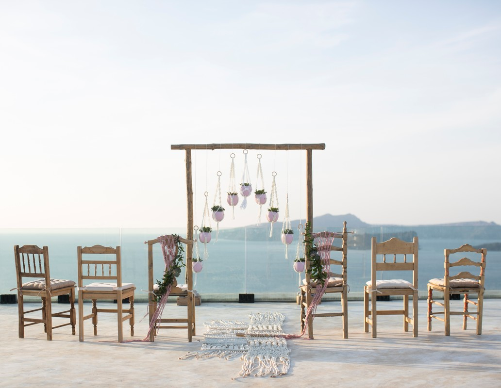 Profile Image from Weddings & Whimsy_Santorini​