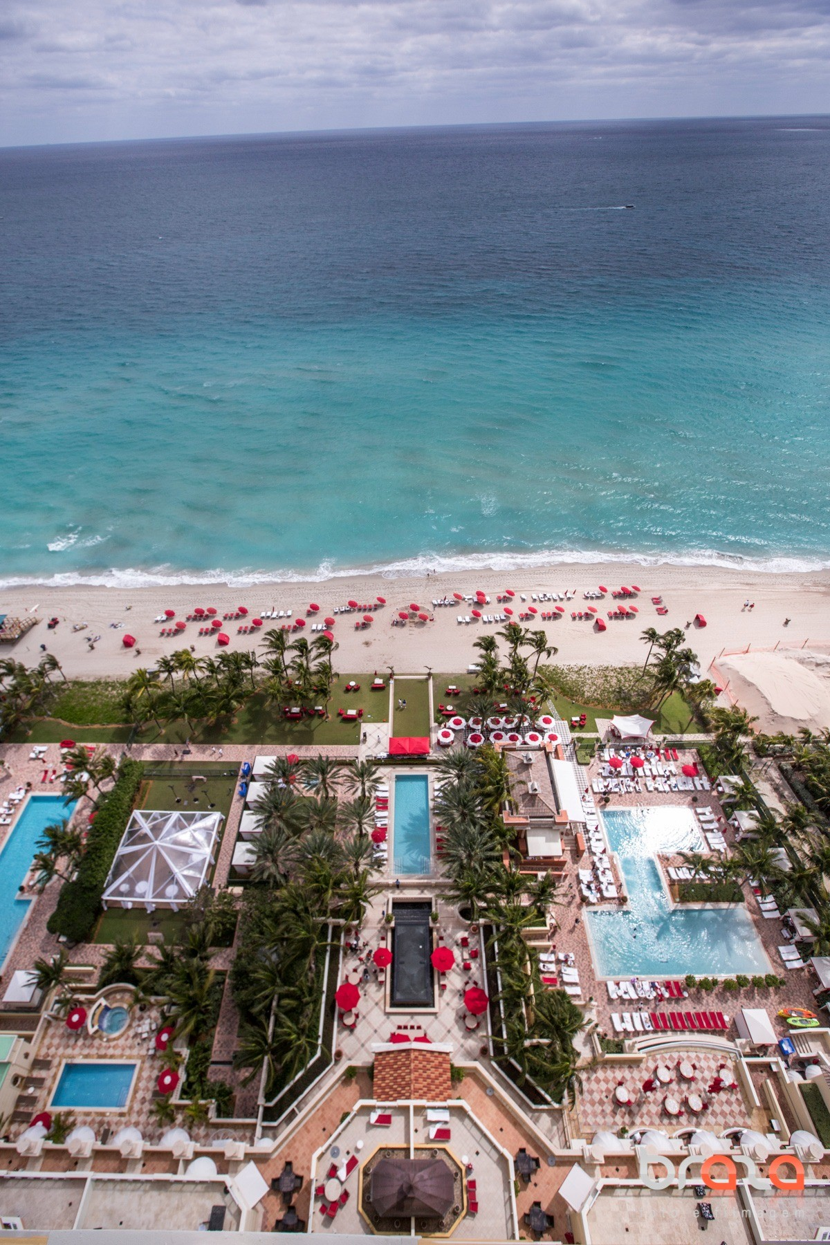 Acqualina Resort & Spa