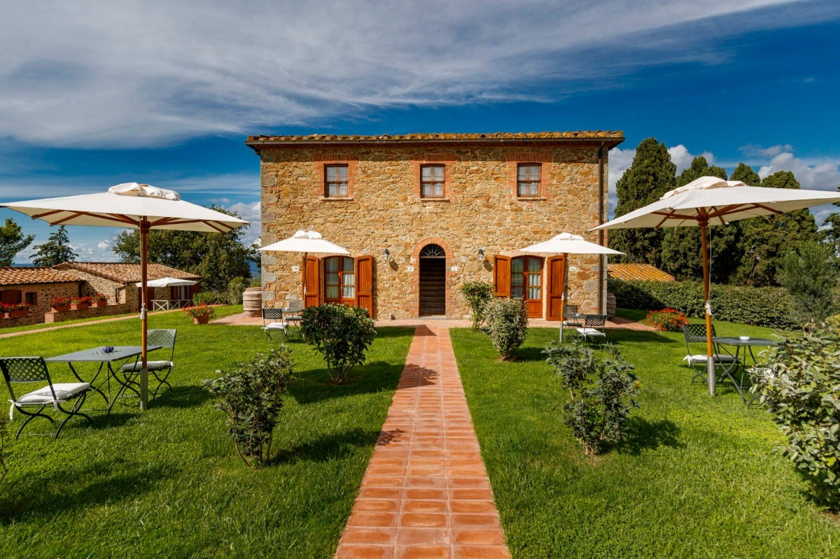 Collemassari - Winery & Wedding Hamlet Tuscany